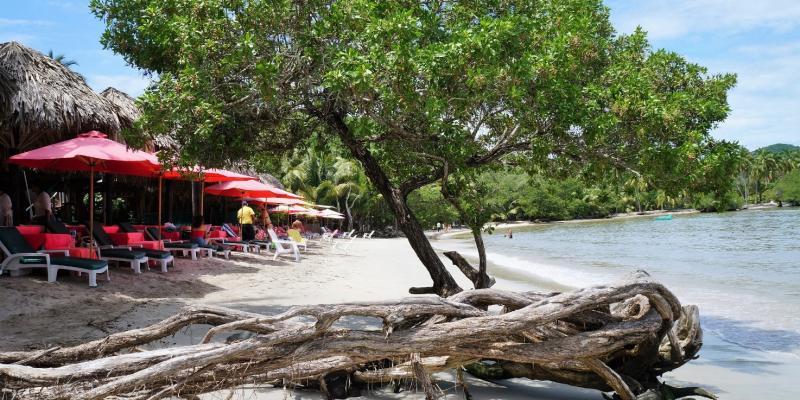 Lasgatas Beach Zih