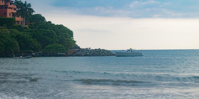 Playa Quieta Pier Diving