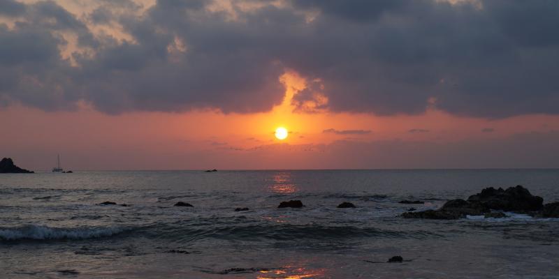 Sunset Playa Quieta