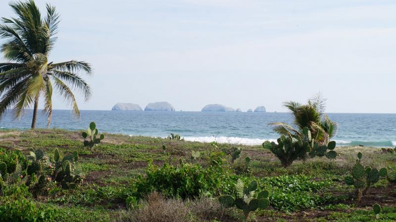 Playa Blanca Zihuatanejo